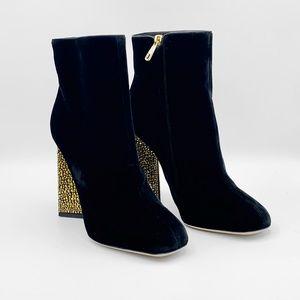 NIB $1350 DOLCE & GABBANA Black Velvet Ankle Boots